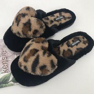 Kensie House Slippers Leopard Heart Memory Foam